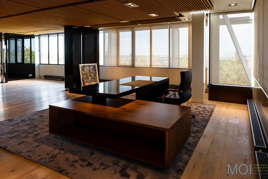 Mobiliario de oficina moi interiorismo equipamiento for Direccion de la oficina
